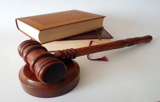 Kiedy warto zasięgnąć pomocy prawnika?
