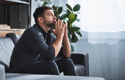 Odczuwasz lęk i niepokój? CBD może złagodzić objawy