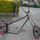 chopper bike -black perl