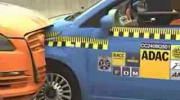 Crash test Fiata 500 i Audi Q7
