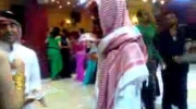 Arab rzuca pieniędzmi w klubie nocnym - Babes Dancing In A Dubai Night Club